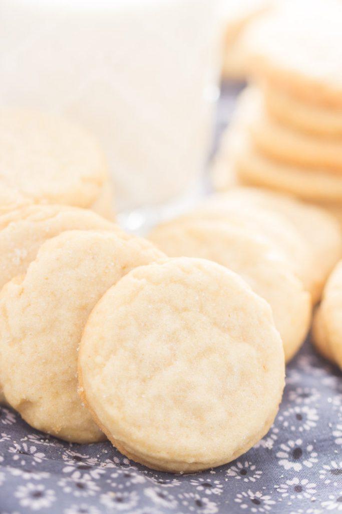 Thin & Crispy Amish Sugar Cookies recipe image thegoldlininggirl.com 7