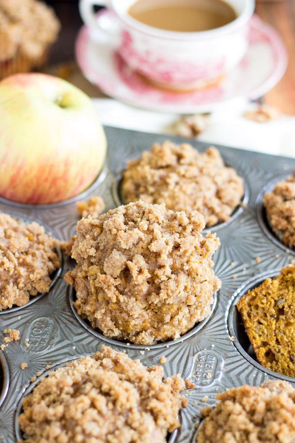 Pumpkin Apple Streusel Muffins (9)