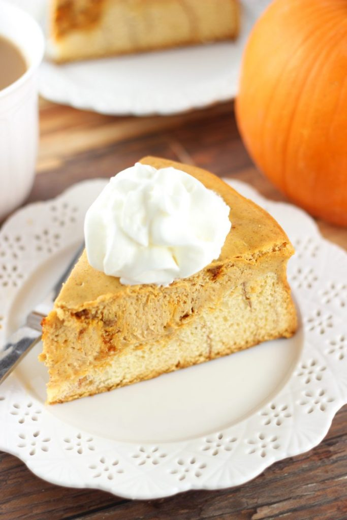 cinnamon roll pumpkin cheesecake 6