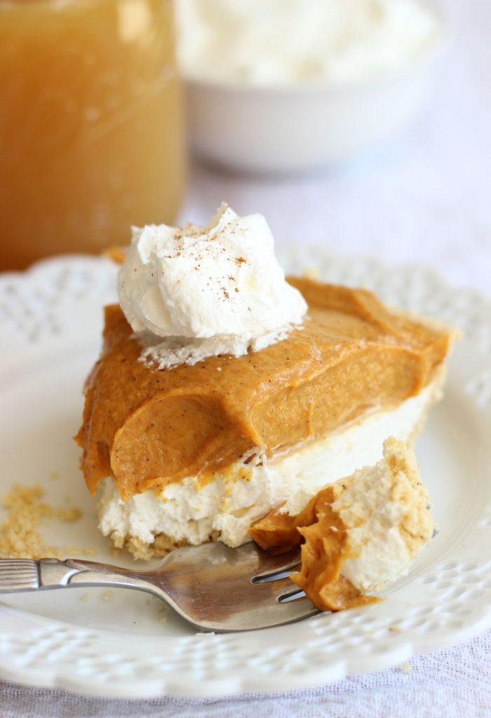 no bake double layer pumpkin pie with shortbread crust 1 (21)
