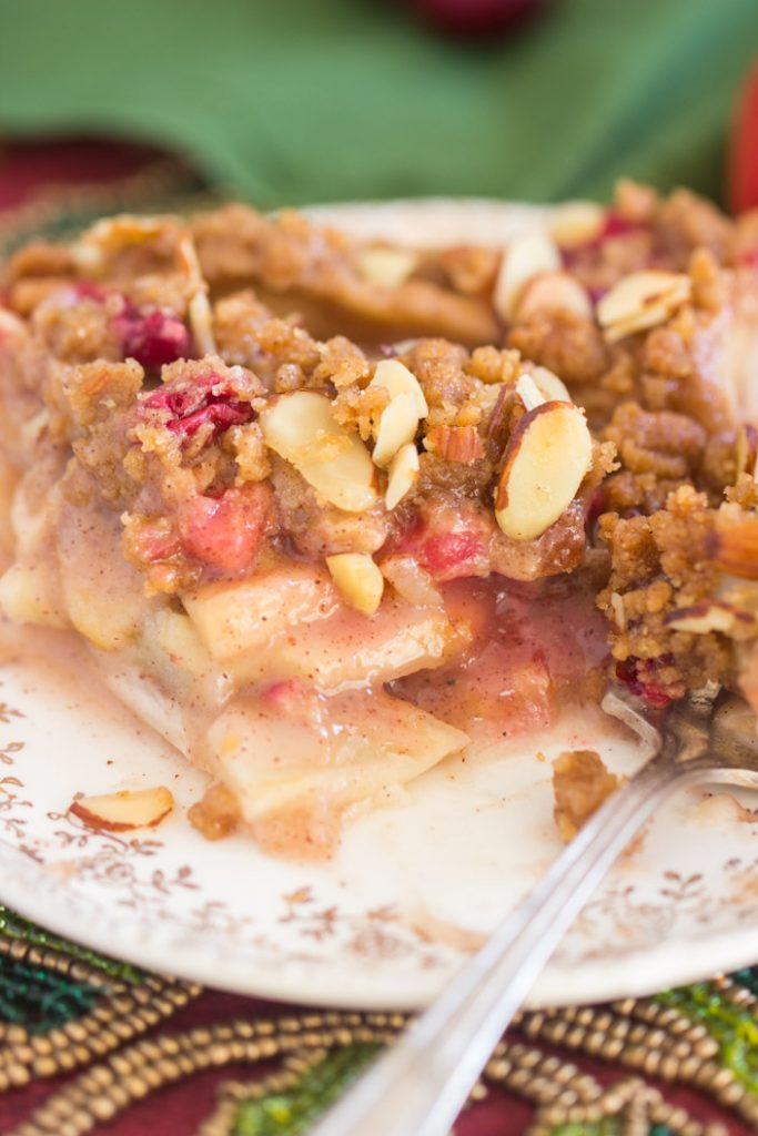 Cranberry Apple Pie with Almond Streusel recipe image thegoldlininggirl.com 12