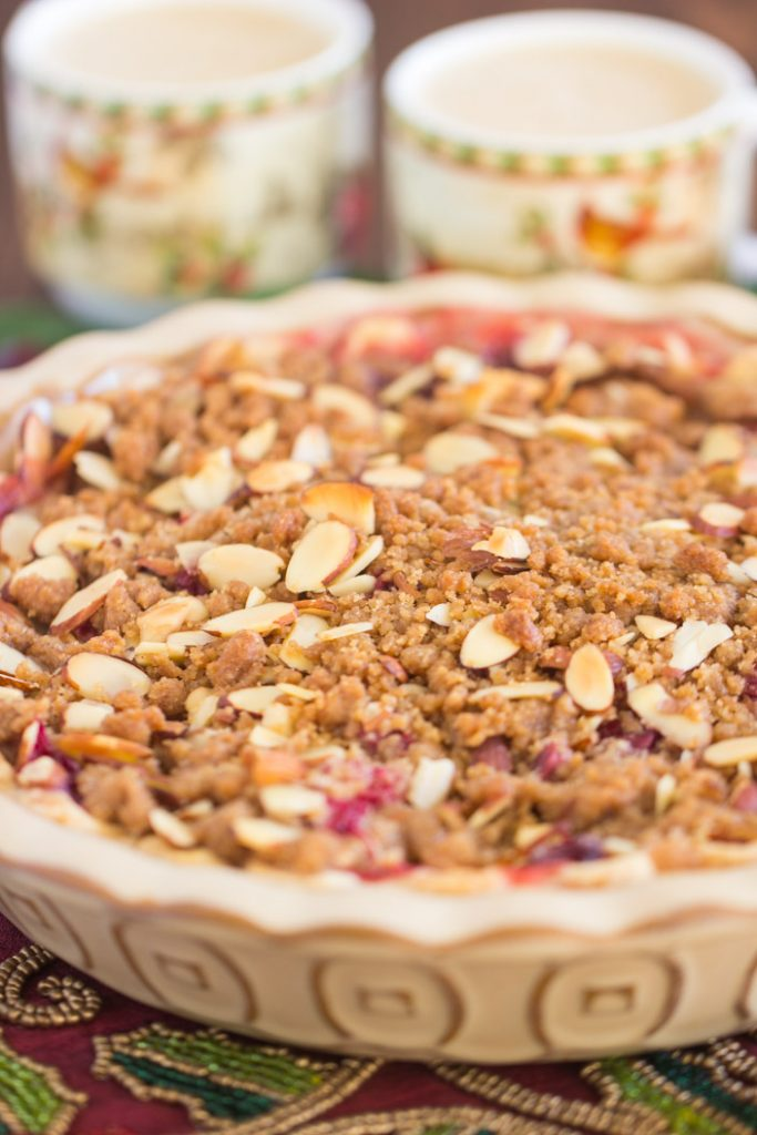 Cranberry Apple Pie with Almond Streusel recipe image thegoldlininggirl.com 2