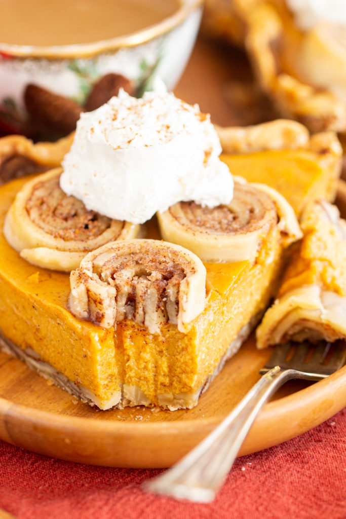 Cinnamon Roll Crust Pumpkin Pie