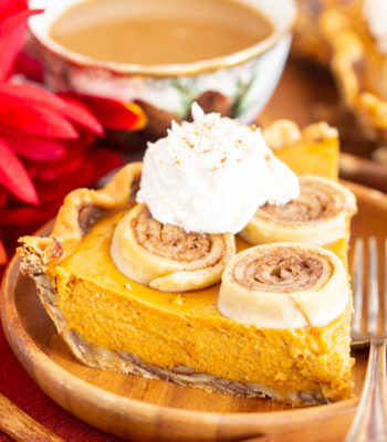 Cinnamon Roll Crust Pumpkin Pie recipe