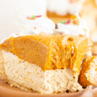No Bake Pumpkin Gingerbread Cheesecake